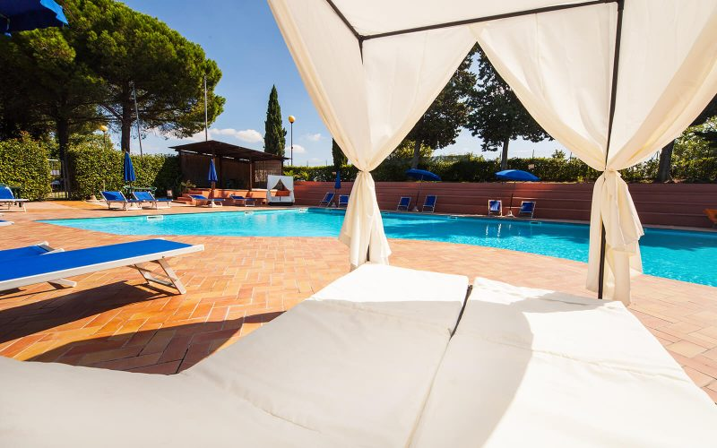 toscana-holiday-village-pool-area-9